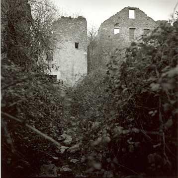 Jánovas, 2000 (1/5) Copia fotográfica en papel baritado blanco y negro 70X70 cm
