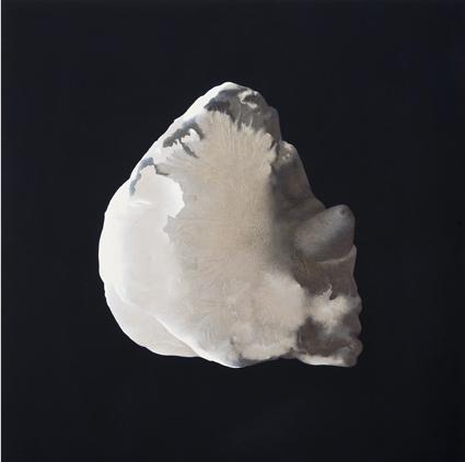 Luna Helena, 2012.  Flashe y temple de huevo sobre tablex  76,7 x 76 cm