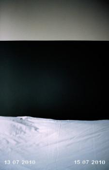 Arles - Tinta pigmentada en papel fotográfico, perforación láser, 45 x 30 x 4 cm. Edición de 3+2 AP